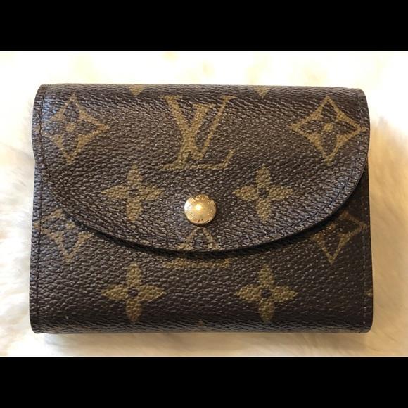 f8d556db69c ~Authentic~ Louis Vuitton Small Monogram Wallet